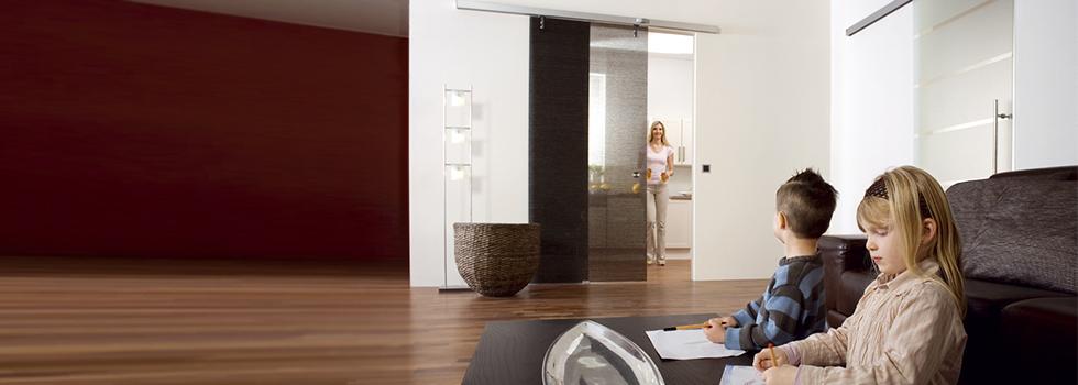 automatische Glasschiebetüren SLIDE MOTION: Automatik Schiebetüren BE GLASS